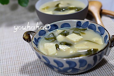 日式豆腐海带味增汤