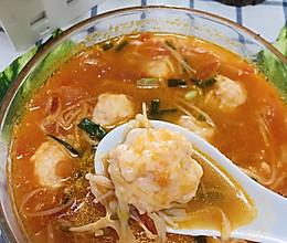 #少盐饮食 轻松生活#虾滑番茄菌菇汤的做法