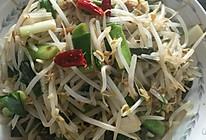 蒜苗炒豆芽的做法