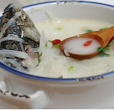 鯽魚蘿卜湯