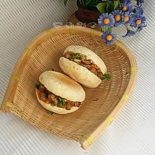 #秋天怎么吃# 中式汉堡包夹馍