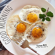 五分钟教你煎出美味.溏心荷包蛋