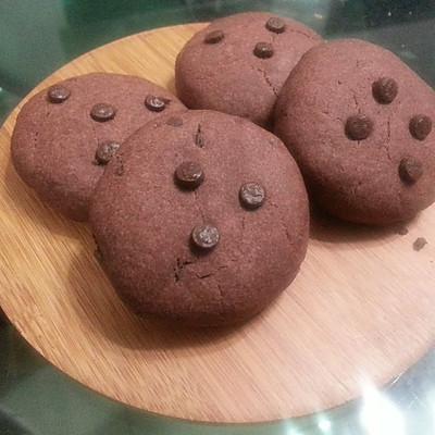巧克力豆可可味曲奇饼干 比趣多多好吃