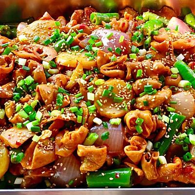 【创意小厨娘】家庭版干锅肥肠——简单易学,吃着超过瘾。