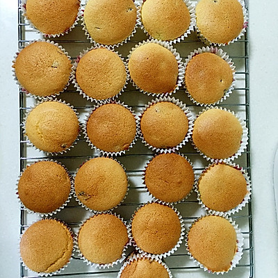 玫瑰花蛋糕礼盒的做法 步骤10