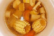 春笋竹笋玉米胡萝卜排骨汤的做法