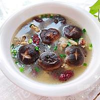 #美食视频挑战赛# 鲜香浓郁的香菇炖鸡汤的做法图解7