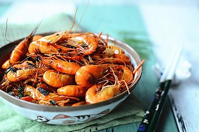 葱姜爆炒河虾:宴客下酒菜