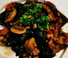 #入秋滋补正当时#木耳鸡肉烧白蘑菇的做法