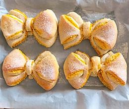 南瓜椰蓉蝴蝶结面包的做法