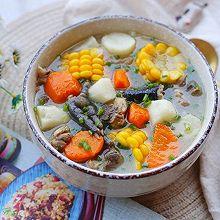 #今天吃什么#营养滋补 健脾暖胃的山药炖鸡汤