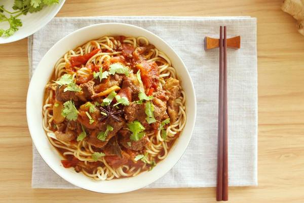 番茄牛腩面-好食到想要舔碗的做法