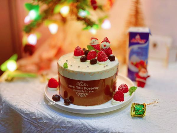 圣诞莓果螺旋许愿蛋糕