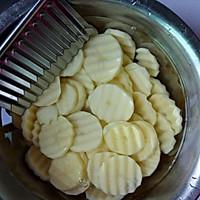 香煎孜然土豆片的做法图解2