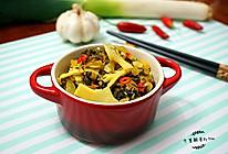 #家乡特色菜#酸菜炒笋的做法