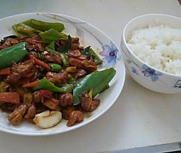 青椒溜肥肠的做法