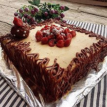 草莓巧克力蛋糕
