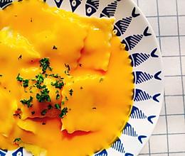 阳光南瓜酱配菠菜奶酪意面饺的做法