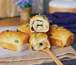 奶香蜜豆面包卷#金龙鱼100%精英烘焙大赛tiger战队#的做法