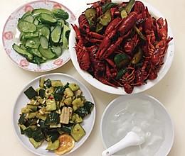 #美食视频挑战赛#之三十分钟麻辣小龙虾的做法
