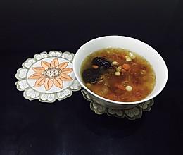 桃胶皂角米芡实羹的做法