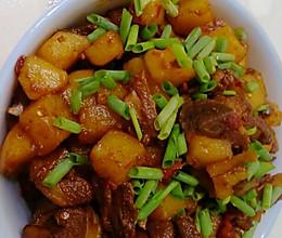 红烧土豆排骨的做法