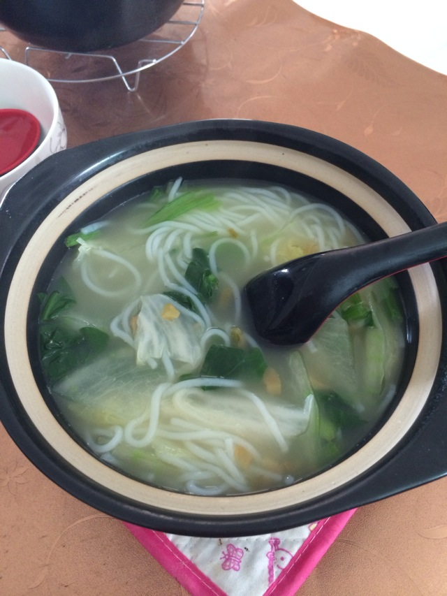 关煤气_砂锅米线怎么做_砂锅米线的做法_豆果美食