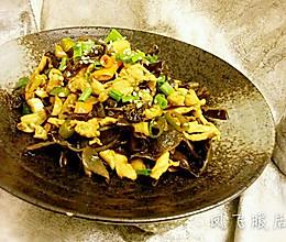 鸡胸肉双椒炒木耳的做法