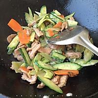 黄瓜炒肉片的做法图解5