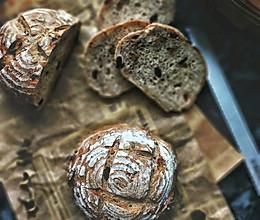 天然酵母果仁乡村面包#硬核菜谱制作人#的做法