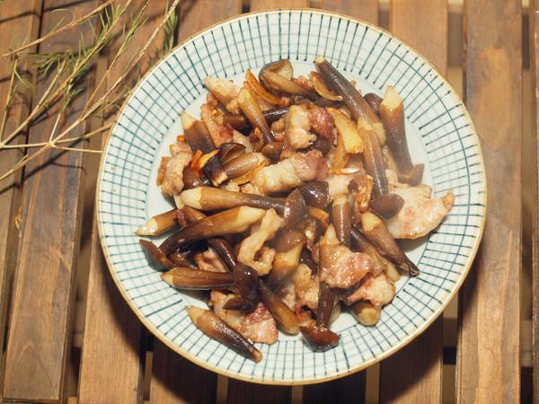 鸡枞菌炒猪肉,如何炒才能更美味的做法
