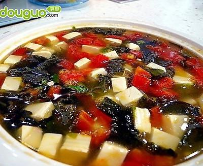 消脂番茄木耳豆腐汤