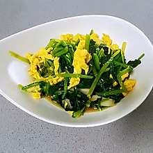 【孕妇食谱】菠菜炒鸡蛋,多做一步,鸡蛋滑嫩,菠菜翠绿不涩口
