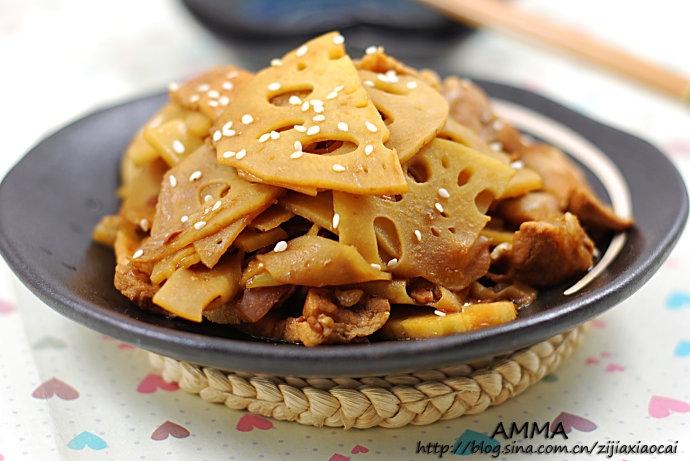 大暑天里清热解燥的小菜——五花肉炒藕片