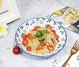 【金针菇炒番茄】#快手又营养,我家的冬日必备菜品#的做法