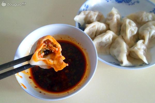 令人欲罢不能的——东北酸菜饺子的做法