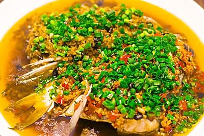 剁椒鱼头,最正宗的做法,8分钟出锅,比饭店好吃一百倍,简单易