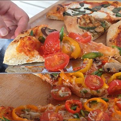 披萨制作全过程(下)田园素披萨、鲜虾芦笋披萨、意大利香肠披萨