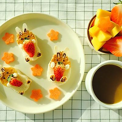 三只萌宠早餐吐司