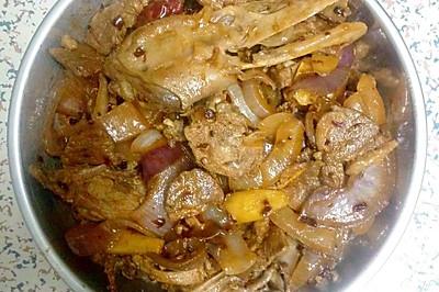 洋葱炒鸭肉