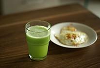 萝卜黄瓜猕猴桃汁的做法