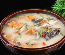 鲫鱼炖豆腐又便宜又好吃,美味营养两不误的做法