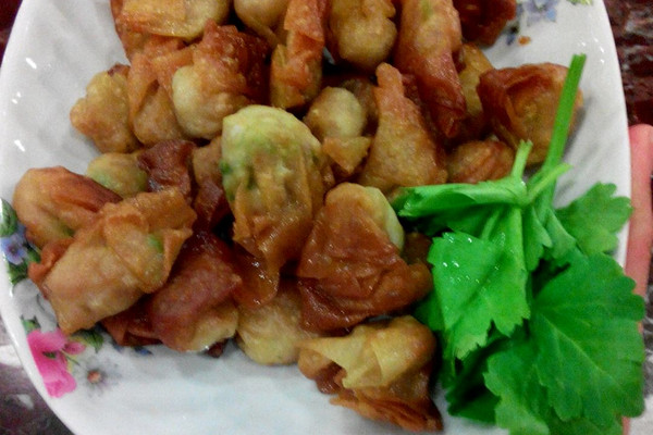 大喜大牛肉粉【试用之一】    牛肉粉鲜虾米馄饨的做法