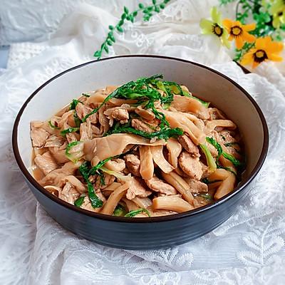 蘑菇炒肉【十分钟快手菜】