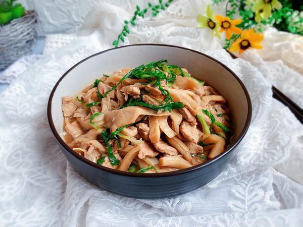 蘑菇炒肉【十分钟快手菜】的做法