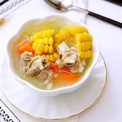 坤博砂锅排骨玉米胡萝卜汤