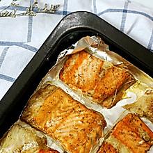 轻松的美味——烤三文鱼骨