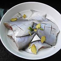 香煎小鲳鱼的做法图解3