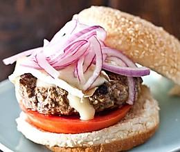 洋葱奶酪羊肉汉堡的做法