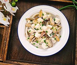 #冰箱剩余食材大改造#花蛤菌菇豆腐汤的做法
